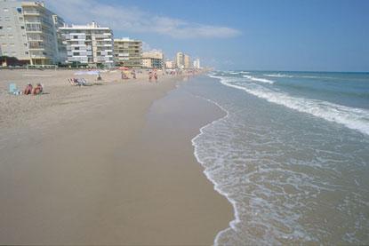Le spiagge di valencia dove il sole vi bacia for Spiaggia malvarrosa valencia