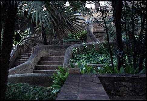 A zonzo nei jardines del real los viveros for Jardines del real valencia
