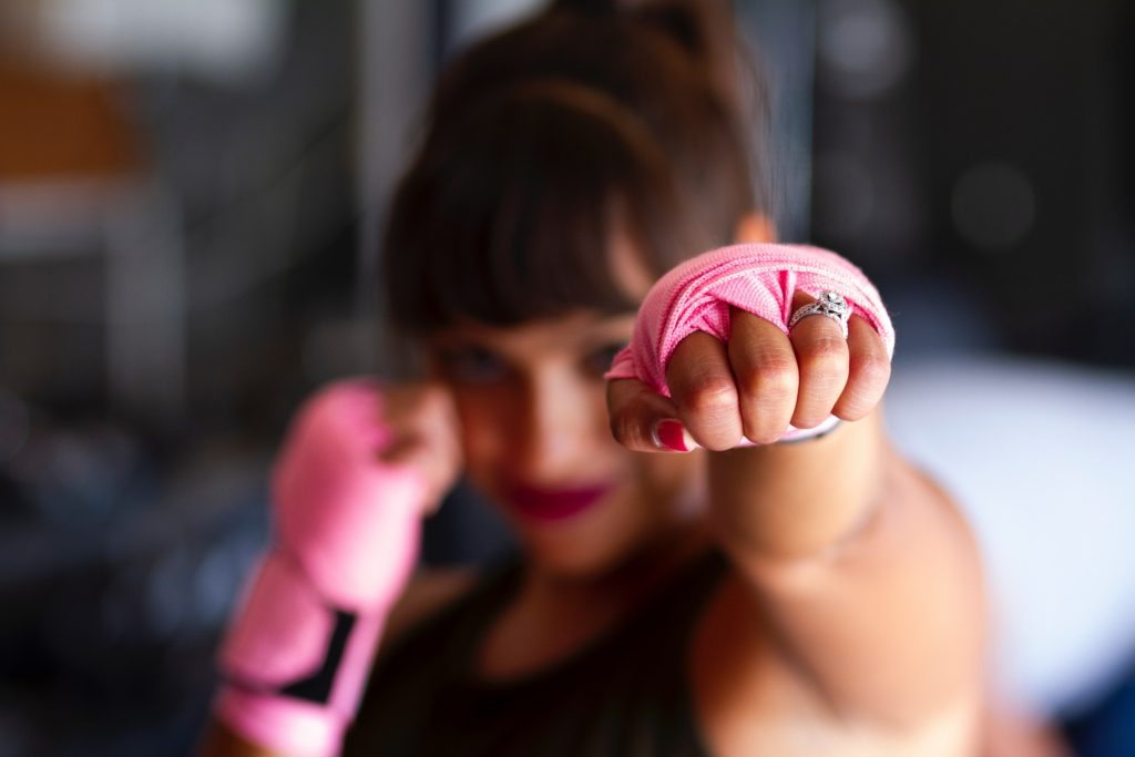 Giornata mondiale cancro al seno: attività per la prevenzione a Valencia - classe di body combat